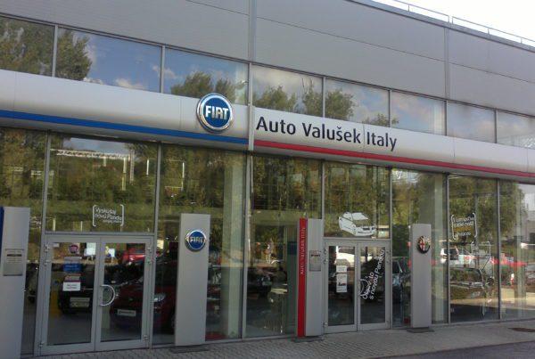predajňa áut