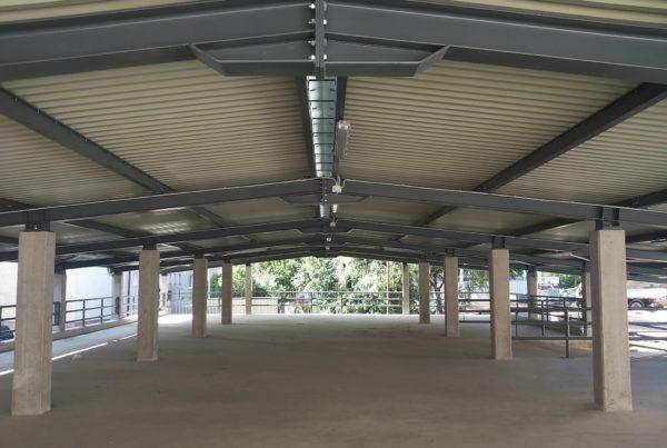 oceľová konštrukcia pre parkovací dom