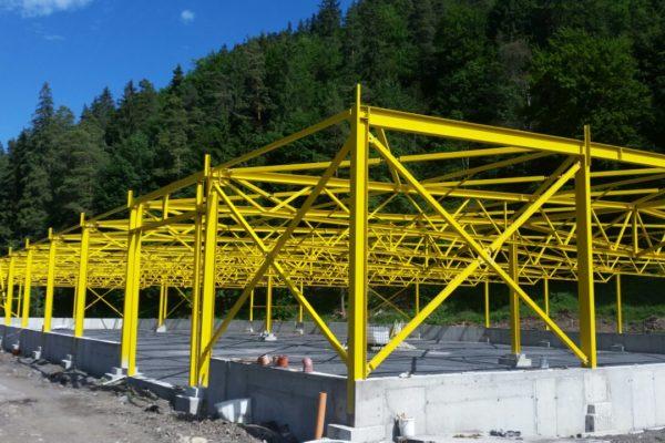 oceľová konštrukcia pre stavbu